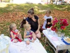Storytime: Picnicking